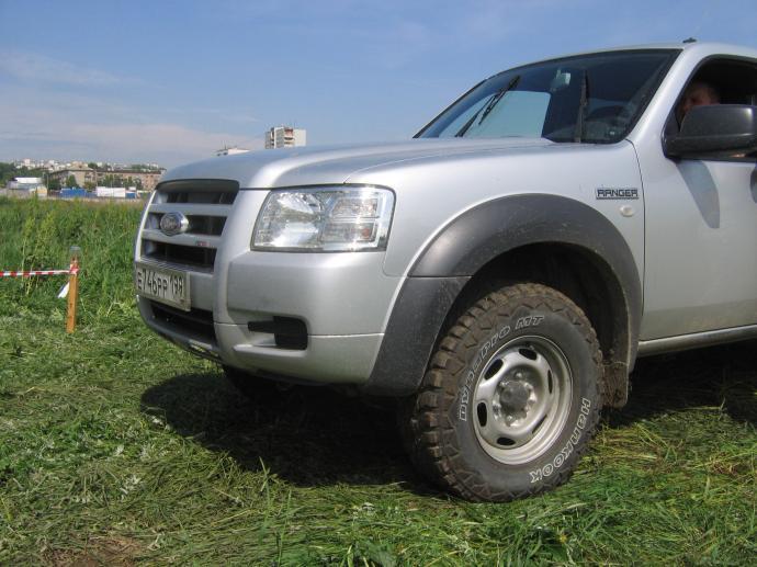 авомобиль: Ford Ranger подготовка 'Стандарт' Шина: Dynapro MT RT03
