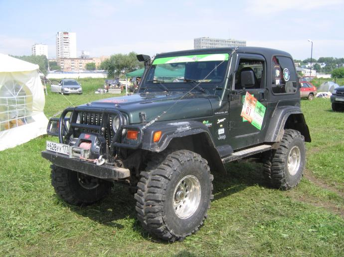 авомобиль: Jeep Wrangler подготовка 'Экстрим' Шина: Super Swamper Bogger 37x13.00-16LT Диски:   PCW 1059