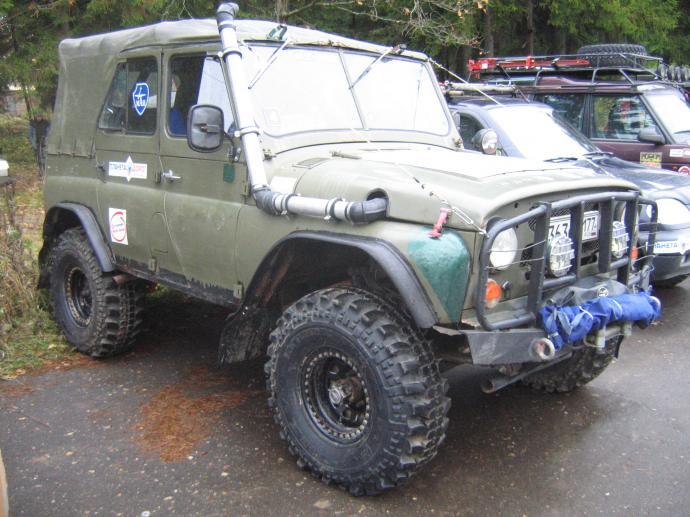 авомобиль: УАЗ 469 (3151*) подготовка 'Экстрим' Шина: Simex Extreme Trekker 35x11.5-15 Диски: