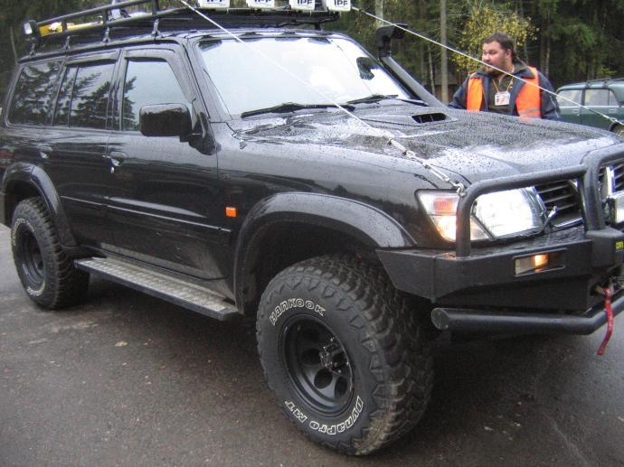 авомобиль: Nissan Patrol  Y61 (GU/GR) подготовка 'Туризм' Шина: Dynapro MT RT03 Диски:   PCW 1079