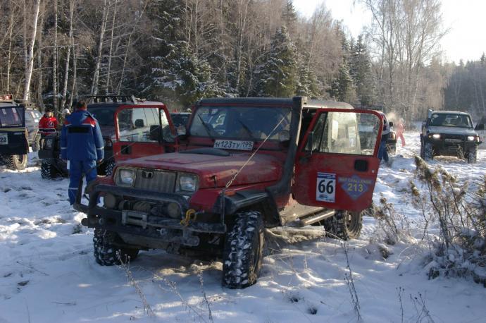 авомобиль: Jeep Wrangler подготовка 'Туризм' Шина: Super Swamper TSL 31x10.50-15LT Диски:   RC 83