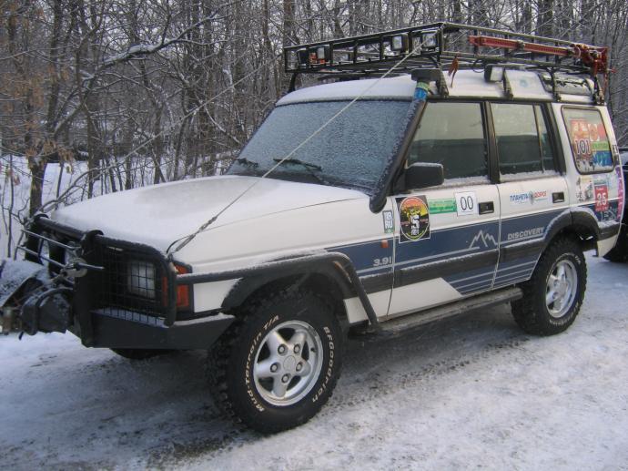 авомобиль: Land-Rover Discovery I подготовка 'Туризм' Шина: BFGoodrich  MUD-TERRAIN T/A KM  LT245/75 R16/E