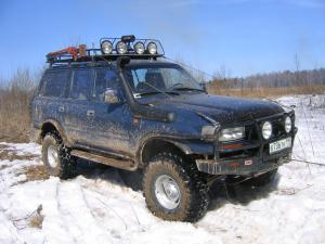 авомобиль: TOYOTA Land Cruiser 80 подготовка 'Туризм' Шина: Interco TSL SSR 35x12.50R15LT