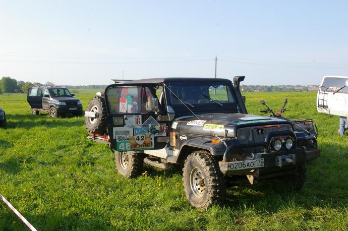 авомобиль: Jeep Wrangler подготовка 'Туризм' Шина: Simex Extreme Trekker 32x10.5-15 Диски:  OFF-ROAD Wheels CH 8.00x15 ; 5x114.3 вылет -19