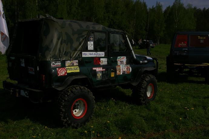 авомобиль: УАЗ 469 (3151*) подготовка 'Экстрим' Шина: Super Swamper Bogger 16/35-15LT Диски:  OFF-ROAD Wheels WH