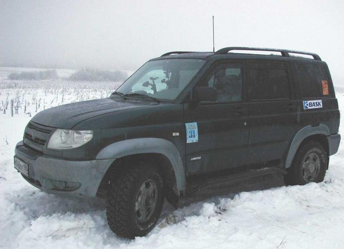 авомобиль: УАЗ Patriot подготовка 'Стандарт' Шина: Cooper Discoverer S/T LT265/75R16