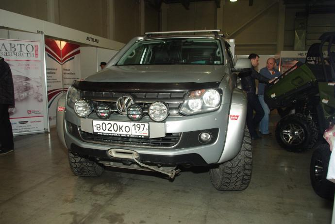авомобиль: Volkswagen Amarok подготовка 'Экстрим' Шина: Mickey Thompson Baja Radial ATZ LT325/60R18