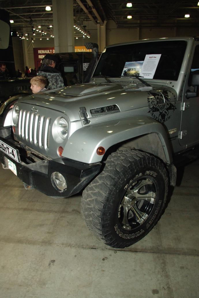 авомобиль: Jeep Wrangler JK подготовка 'Туризм' Шина: Mickey Thompson Baja MTZ Radial LT315/70R17