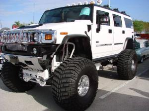 авомобиль: GM Hummer H2 подготовка 'Экстрим' Шина: Mickey Thompson Baja Claw Bias 19.5/46-20LT