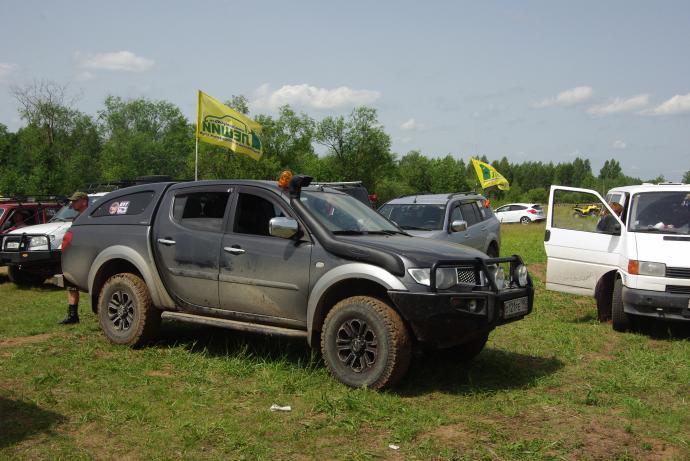 авомобиль: Mitsubishi L200 IV (Triton) подготовка 'Стандарт' Шина: BFGoodrich  ALL-TERRAIN KO LT265/75 R16/E