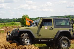 авомобиль: Jeep Wrangler JK подготовка 'Туризм' Шина: Simex Jungle Trekker 34x10.5-16