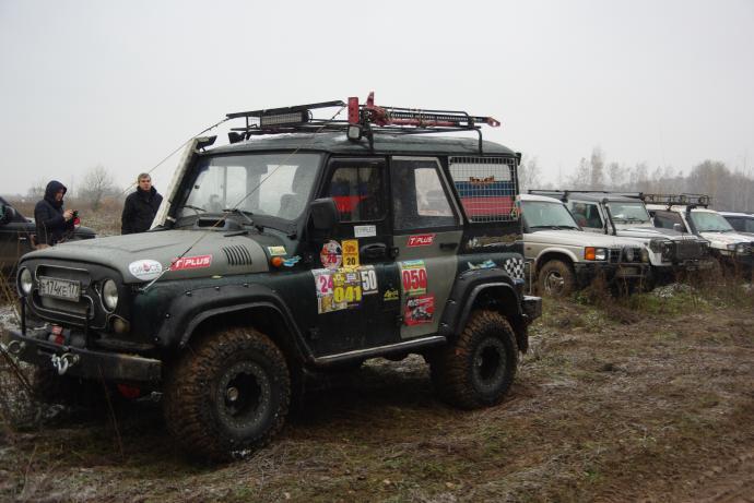 авомобиль: УАЗ 469 (3151*) подготовка 'Туризм' Шина: Maxxis  M8080 Mudzilla 33x13.50-15LT