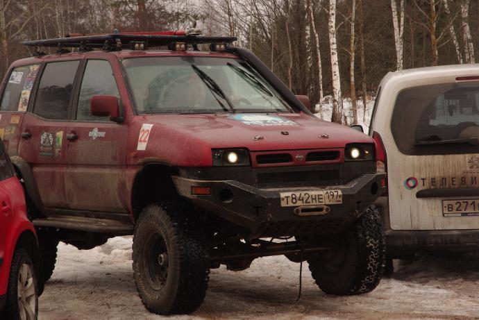 авомобиль: Nissan Terrano II подготовка 'Экстрим' Шина: BFGoodrich  ALL-TERRAIN KO LT295/75 R16/D Диски:  OFF-ROAD Wheels BL 8.00x16 ; 6x139.7 вылет -19