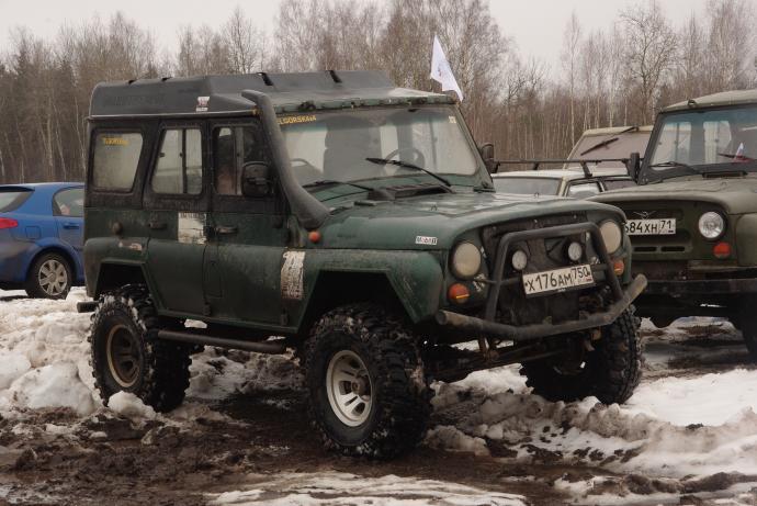 авомобиль: УАЗ 469 (3151*) подготовка 'Экстрим' Шина: Simex Extreme Trekker 2 35x12.5-15 Диски:  КРамЗ Лидер