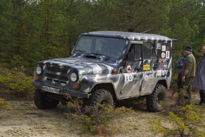 авомобиль: УАЗ 469 (3151*) подготовка 'Туризм' Шина: Forward Safari 500 31x10,5-15LT Диски:  OFF-ROAD Wheels BL Classic