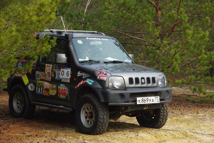 авомобиль: Suzuki Jimny подготовка 'Туризм' Шина: Kumho Road Venture MT KL71 LT235/75R15