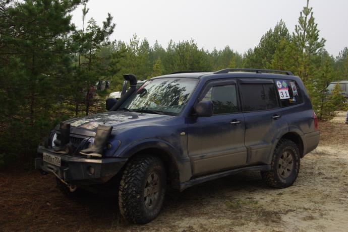 авомобиль: Mitsubishi Pajero III подготовка 'Экстрим' Шина: Cooper Discoverer STT LT285/70R17
