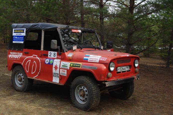 авомобиль: УАЗ 469 (3151*) подготовка 'Туризм' Шина: Goodyear Wrangler DuraTrac LT235/85R16