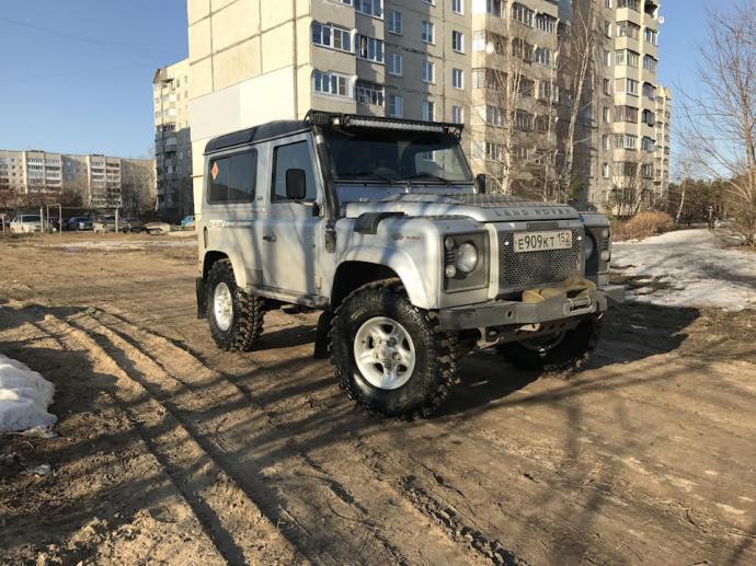 авомобиль: Land-Rover Defender подготовка 'Туризм' Шина: Silverstone МT-117 XTREME 35x10.50-16LT