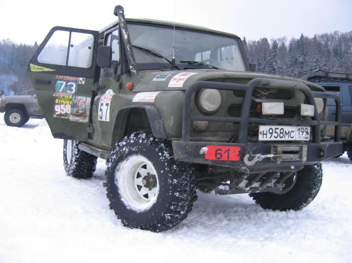 авомобиль: УАЗ 469 (3151*) подготовка 'Экстрим' Шина: Bogger Диски:  ProComp RC 82 10.00x15 ; 5x139.7 вылет -44