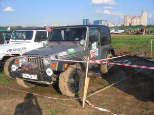авомобиль: Jeep Wrangler подготовка 'Туризм' Шина: Mickey Thompson Baja MTZ Radial 31X10.50R15LT