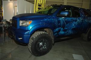 авомобиль: TOYOTA Tundra подготовка 'Туризм' Шина: Mickey Thompson Baja Radial ATZ 37X13.50R18LT